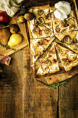 Grilled Fig Pizza GirlCarnivore Recipe (1 of 7)