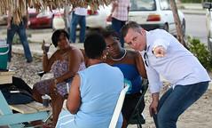 "bishitantenan-di-playa-caracasbaai-ta-haña-un-splikashon-amplio-di-e-pòst-di-EHBO-nobo-serka-promé-minister-schotte • <a style=""font-size:0.8em;"" href=""http://www.flickr.com/photos/137313818@N05/37485278126/"" target=""_blank"">View on Flickr</a>"