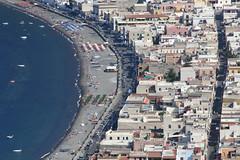 (simonamatina) Tags: eolie urbanistica spiaggia mare lipari strati
