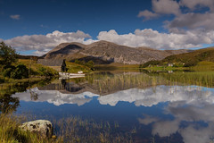 Loch Stack .. (Gordie Broon.) Tags: lochstack arkle reflections mountain corbett colinas sutherlandshire scotland schottland scenery landschaft reeds boathouse hugeln collines ecosse scenic scottishhighlands escocia heuvels landscape paysage laxfordbridge paisaje gordiebroonphotography fishingboats cloudreflections salmon lac lago seatrout szkocja scozia kullar meer see jezero canon5dmklll airdachuilinn rhiconich kinlochbervie lairg alltnasuileig canon1635f4l geotagged 2017 achfary