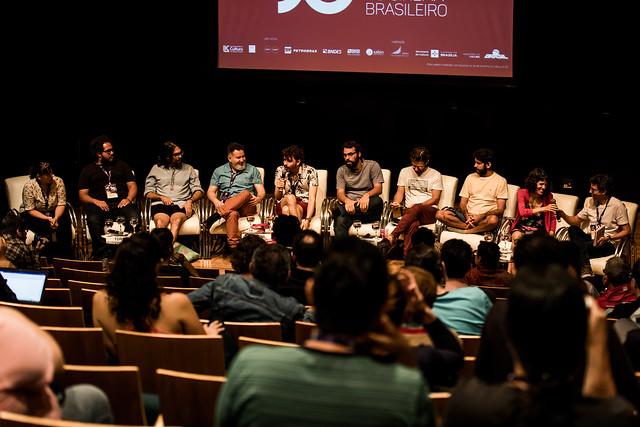 22/09 - Debate com equipes dos filmes Torre, Baunillha e Por trás da linha dos escudos