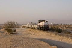 Through the Desert (Colin Dell) Tags: usg train railroad rr rwy railway plastercity narrowgauge desert cali california usg111
