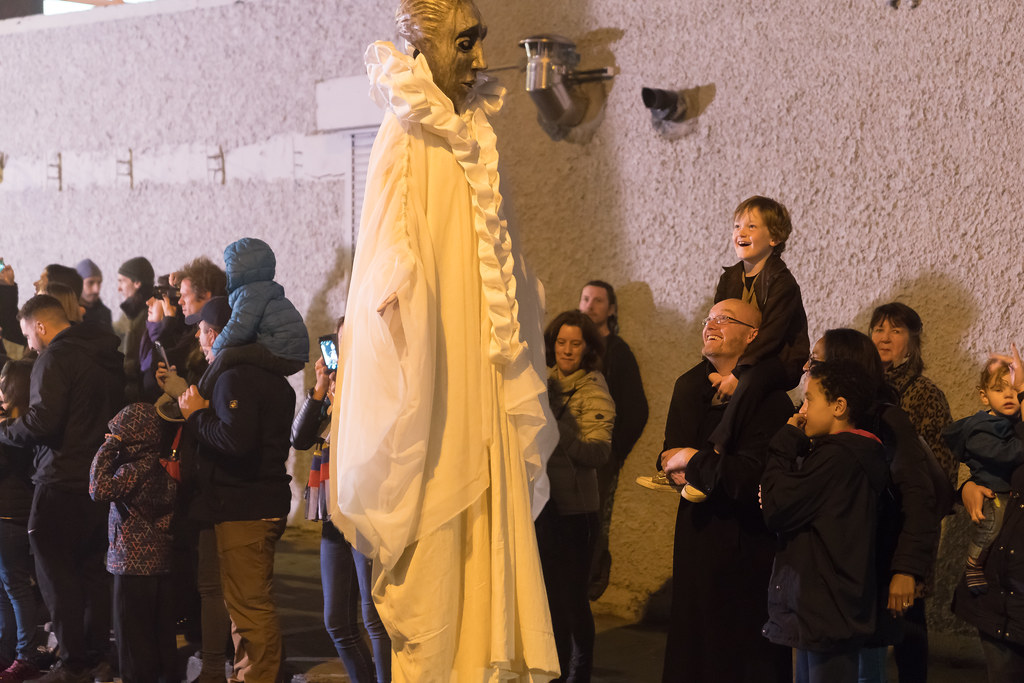 MACNAS HALLOWEEN PARADE IN DUBLIN ON MONDAY 30 OCTOBER [BRAM STOKER FESTIVAL IN DUBLIN ]-133686
