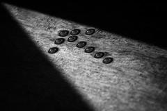 the exit path. (skybluesky43) Tags: abstract nikon d7100 sigma 1770 impressionistic minimal creative 2017 concept vision work emocion reflections monochromatic blackwhite art artistic drops droplets arrow seta saida