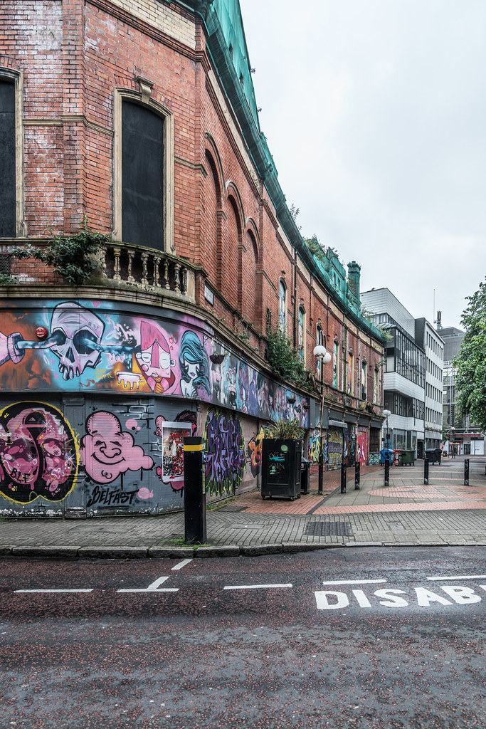EXAMPLES OF URBAN CULTURE IN BELFAST [STREET ART AND GRAFFITI]-132948