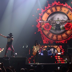 Guns N' Roses - Axl Rose (William Bruce Rose, Jr.), Slash (Saul Hudson), Duff McKagan (Michael Andrew McKagan), Dizzy Reed (Darren Arthur Reed), Richard Fortus, Frank Ferrer & Melissa Reese (Peter Hutchins) Tags: guns n' roses gunsn'roses gnr axl rose slash duff mckagan dizzy reed richard fortus frank ferrer melissa reese axlrose duffmckagan dizzyreed richardfortus frankferrer melissareese williambrucerose jr williambrucerosejr saulhudson michaelandrewmckagan darrenarthurreed capitalonearena washington dc