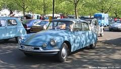 Citroën ID 19 (XBXG) Tags: citroën id 19 citroënid id19 ds citromobile 2007 citro mobile veemarkt utrecht nederland holland netherlands paysbas vintage old classic french car auto automobile voiture ancienne française vehicle outdoor bleu blue