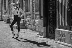 L'ombre de ton ombre (amateur72) Tags: fujifilm paulinepetit xf56mm bretelles fashion girls mode modeles models noeudpapillon shooting sortiephoto xt1
