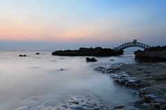 石門拱橋 (Lavender0302) Tags: 夕陽 拱橋 石門情人橋 石門洞 石門 新北市 台灣 taiwan sunset bridge bluehour