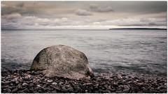 Stein 11/13b2 (m.artin k.) Tags: stein rock rügen ostsee balticsea sea meer jasmunderbodden jasmund bodden