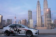 City meets the Evo (Driving_Line) Tags: evox lanevo lancerevolution ps4 city automotivephotography gtsport mitsubishi cars