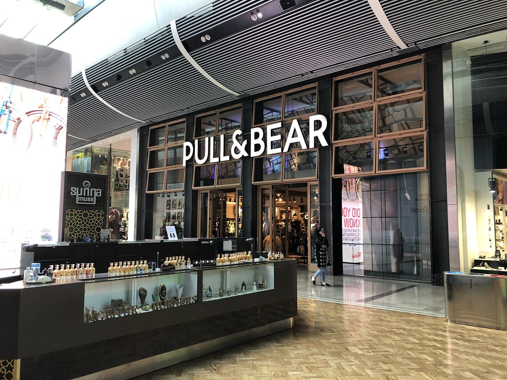 Pull And Bear Torino Centro.The World S Best Photos Of Centrocommerciale And Shoppingcenter