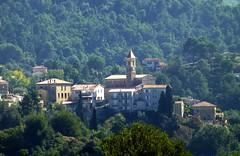 village de Castagniers (b.four) Tags: village paese castagniers collinesniçoises alpesmaritimes ruby3 coth5
