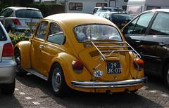 1976 Volkswagen 1200 LS Kever 111131 (rvandermaar) Tags: käfer bug beetle 1976 volkswagen 1200 ls kever 111131 volkswagen1200 vw1200 vw volkswagenbeetle vwkever volkswagenkever vwbeetle sidecode3 29jk07
