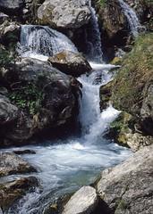 Waterfall (giorgiorodano46) Tags: 1981 maggio1981 may giorgiorodano analogic cascata waterfall trisulti collepardo lazio italy primavera spring appennino