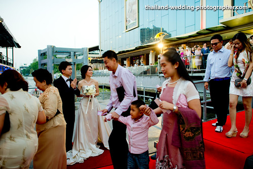 Chaophraya Cruise Bangkok Thailand Wedding Photography | NET-Photography Thailand Photographer