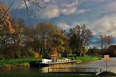 Escommes et le canal de bourgogne (pileath) Tags: barges cruises canal de bourgogne paradise fisherman vélo routeu velo outeur route automne autumn channel trees