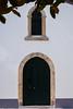 Puerta de la capilla (Oscar F. Hevia) Tags: chapel door window white gray green capilla puerta ventana blanco gris verde españa galicia ribadeo spain sencillo limpio claro