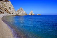 Due Sorelle sunny version (Daniele Torreggiani) Tags: ancona sirolo beach sea riviera conero rocks marche sorelle sisters
