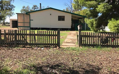 2 Hutton St, Trundle NSW 2875