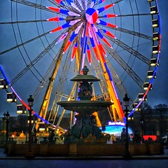 Paris France  ~   Roue de Paris  ~ Ferris Wheel ~ Fontaines de la Concorde (Onasill ~ Bill Badzo) Tags: paris france roue de ferris wheel downtown onasill attractionsite tourist travel vacation place le concorde ronald bussink historic r60 champselysées night photo evening sunset fountain iphone phonegraphy landmark monument fontaines la shot river commerce navigation ship neon ride festival 100nights 1001nightsmagiccity