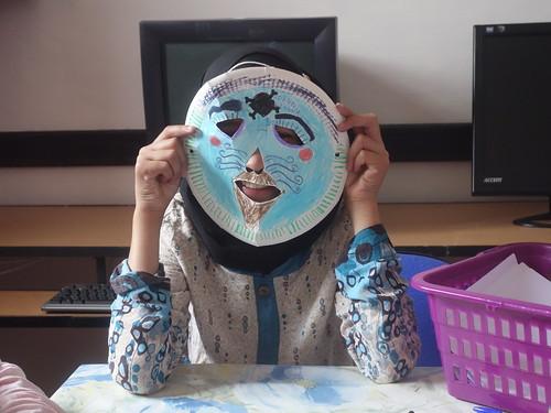 Pendant la confection des masques (6)