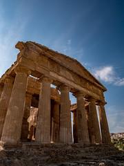 Valle dei Templi - Sicilia (hamael_julie) Tags: agrigento temples valleyoftemples templeofconcordia templedelaconcorde agrigente sicily sicile templi