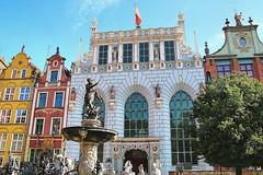Gdansk, Poland. First acquaintance - main street (Dlugi Targ) with fountain of Neptun (jackfre 2 (sick)) Tags: poland danzig mainstreet wealthy architecture hanseaticcity colourful gdansk fountain fountainofneptune