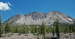 Chaos Crags volcanic domes & Chaos Jumbles Landslide (Holocene; Lassen Volcano National Park, California, USA) 2 (James St. John) Tags: dome c chaos crags volcanic domes rhyodacite holocene lassen volcano national park california cascade range lava jumbles landslide avalanche deposit dwarf forest