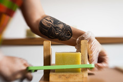 IMG_0096 (gleicebueno) Tags: sabonsabon sabon savon annacandelaria artesanal natural handmade feitoamão brasil brazil manual mercadomanual redemanual cosmetologia consmetic processo maker