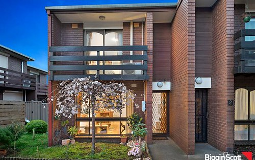 10/31-33 Warrs Rd, Maribyrnong VIC 3032