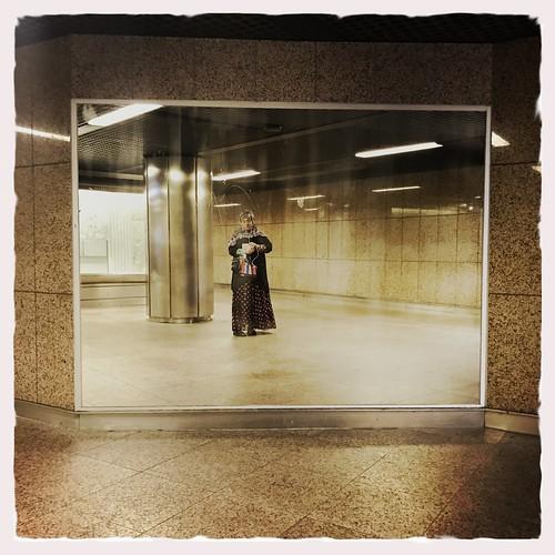 Oststraße. Da ist jetzt ein Spiegel.