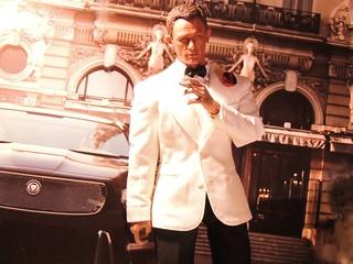 007 - Dressed to Kill