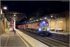 Night Shot Novice (Resilient741) Tags: class 66 night shot photo photography 66124 dbs dbc db schenker cargo melton mowbray leicestershire freight train diesel loco locomotive shed 4z58 6z58