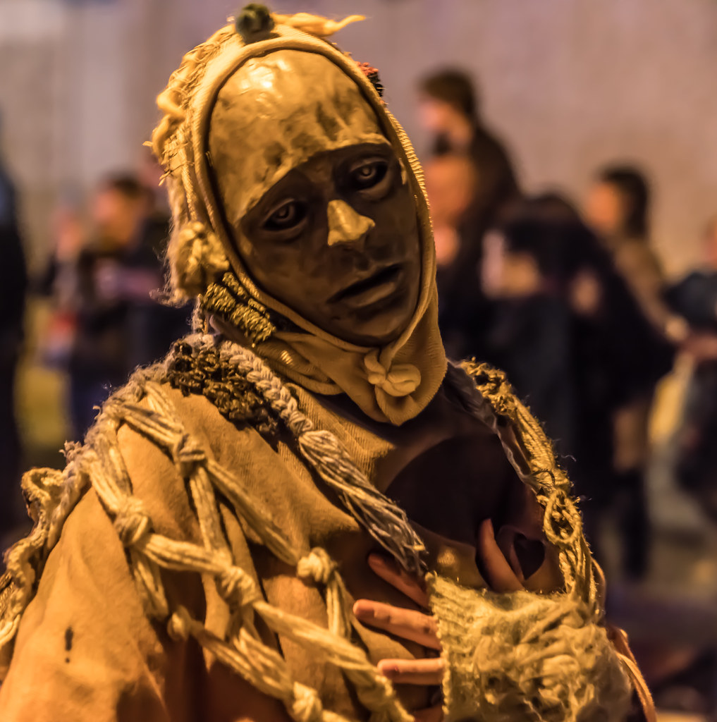 MACNAS HALLOWEEN PARADE IN DUBLIN ON MONDAY 30 OCTOBER [BRAM STOKER FESTIVAL IN DUBLIN ]-133684