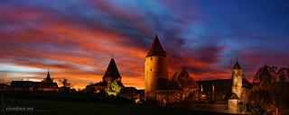 Le château d'Estavayer-le-Lac sous un ciel de feu (Switzerland)