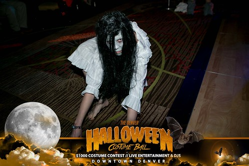 "Halloween Costume Ball 2017 • <a style=""font-size:0.8em;"" href=""http://www.flickr.com/photos/95348018@N07/24225113208/"" target=""_blank"">View on Flickr</a>"