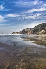 Oceanic mirror (52weeks2017#34 - Pieces of Glass) (ponzoñosa) Tags: playa beach 52weeks mirror glass ocean cantábrico simmetry asturias barayo nature nudismo naturismo low tide blue