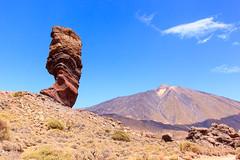 Roque Chinchado (Ralph Apeldoorn) Tags: berg elteide mountain picodelteide rock roquechinchado rots spain spanje tenerife volcano vulkaan laorotava canarias es