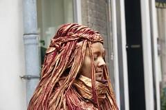 Living statue (Gerard Stolk (vers la Toussaint)) Tags: livingstatue arnhem