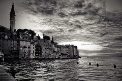 waterworld (Dirty Thumper) Tags: sonyphotographing sony alpha a7 a7ii ilcea7m2 ilce mirrorless minolta rokkor pf mc sr 58mm prime legacy vintage manual mf bw monochrome candid travel street harbor harbour sea mediterranean adriatic sunset summer rovinj croatia europe istra dusk clouds istria