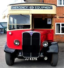 London transport Emergency Tender 832 J Brooklands 22/10/17. (Ledlon89) Tags: aecregent aec regent breakdowntrucks vans lorries londontransport lptb lte lt london bus buses londonbus londonbuses vintagevehicles brooklands londonbusmuseum