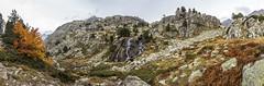 Panorámica de Juclar, Principat d'Andorra (kike.matas) Tags: canon canoneos6d canonef1635f28liiusm kikematas riudejuclar juclar camídejuclar valldincles canillo andorra andorre principatdandorra pirineos paisaje otoño montañas arboles cascada agua nature nubes lightroom6 senderismo excursión андорра