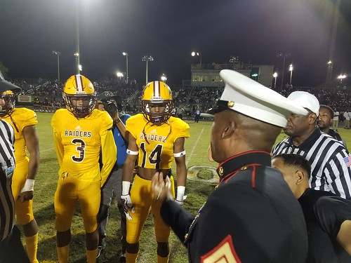 """Glades Central vs Pahokee 11/3/17 • <a style=""""font-size:0.8em;"""" href=""""http://www.flickr.com/photos/134567481@N04/37452896824/"""" target=""""_blank"""">View on Flickr</a>"""