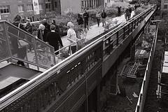Zaha Hadid designed Condos (520 W. 28 St., out of frame, right) (sjnnyny) Tags: highline west28street farwestchelsea nyc manhattanpromenade people walking stevenj sjnnyny pentaxkp pentaxsmcpda1224mmf4edal nycparks pathway visitny urban city zahahadid 520west28street street