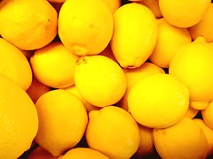 Yellow citrus (peterrenquist) Tags: fufifilm citron yellow fuji x20