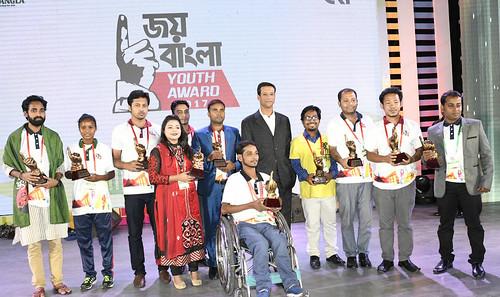 21-10-17-PM ICT Advisor Sajeeb Wazed Joy_Joy Bangla Youth Award-4