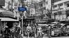 Khao San Road, Bangkok, Tailandia (Edgardo W. Olivera) Tags: people calle street tuktuk khaosan road bangkok asia gh3 panasonic lumix sea sudesteasiático southeastasia microcuatrotercios microfourthirds edgardowolivera thailand tailandia building edificio thanon cable columna column