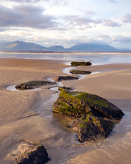 Inch Beach (Stephen_Lavery) Tags: inch inchbeach kerry countykerry beach ireland sand rocks shore lordbyron