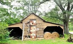 Dry Hay (Neal3K) Tags: hay barn georgia henrycountyga rural